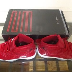 Air Jordan 11 Win Like 96 Men's Size 11